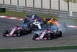 Sergio Perez, Force India VJM11 Mercedes, leads Esteban Ocon, Force India VJM11 Mercedes, Sergey Sirotkin, Williams FW41 Mercedes, Stoffel Vandoorne, McLaren MCL33 Renault, and Brendon Hartley, Toro Rosso STR13 Honda