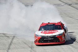 Race winner Ryan Preece, Joe Gibbs Racing Toyota