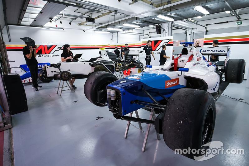 Гараж команды SMP Racing by AVF