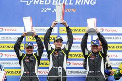Podio LMP3: i vincitori della gara #15 RLR Msport Ligier JS P3 - Nissan: John Farano, Job Van Uitert, Robert Garofall