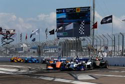 Takuma Sato, Rahal Letterman Lanigan Racing Honda, Scott Dixon, Chip Ganassi Racing Honda