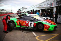 Jon Minshaw, Phil Keen Barwell Motorsport Lamborghini Huracan GT3