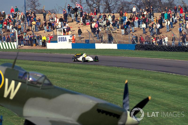 В календарь того сезона в первый и последний раз попал «Донингтон-Парк», которому предстояло заполнить пустующее место после сорвавшегося Гран При Тихого Океана. Этап на британской трассе получил имя Гран При Европы