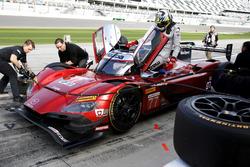 #77 Mazda Team Joest Mazda DPi: Oliver Jarvis, Tristan Nunez, Rene Rast