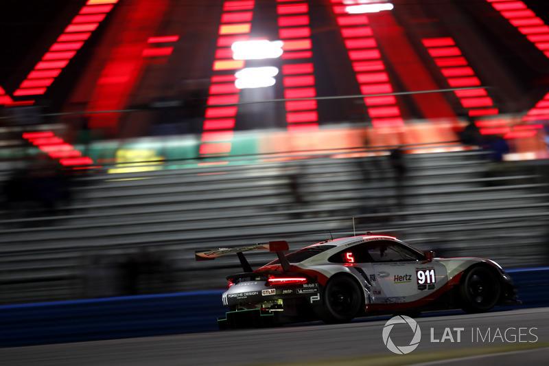 #911 Porsche Team North America Porsche 911 RSR: Patrick Pilet, Nick Tandy, Frederic Makowiecki