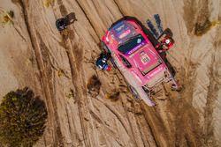 Лусио Альвареc и Роберт Хауи, Overdrive Toyota, Toyota Hilux (№318)