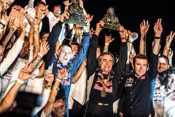 الفائز برالي داكار 2018 رقم 303 فريق بيجو سبورت، بيجو 3008 دي كاي آر: كارلوس ساينز ولوكاس كروز