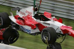 Ralf Schumacher, Toyota TF105 crashes