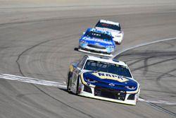 Chase Elliott, Hendrick Motorsports, Chevrolet Camaro NAPA Auto Parts, Ricky Stenhouse Jr., Roush Fe