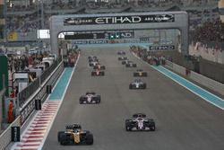 Nico Hulkenberg, Renault F1 Team RS17, leads Sergio Perez, Force India VJM10, and Esteban Ocon, Force India VJM10, on the formation lap