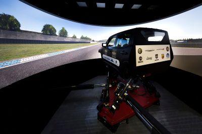 Visita a simulador da Fiat na PUC Minas