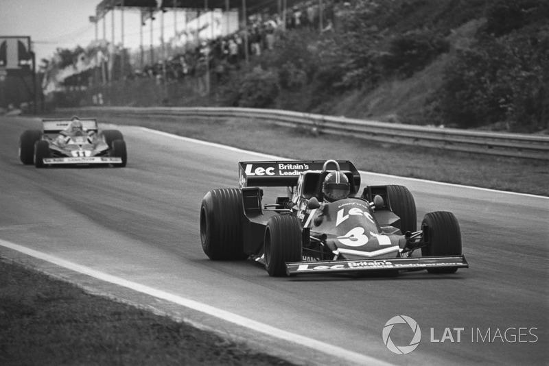 David Purley, LEC CRP1-Ford, devant Niki Lauda, Ferrari 312T2