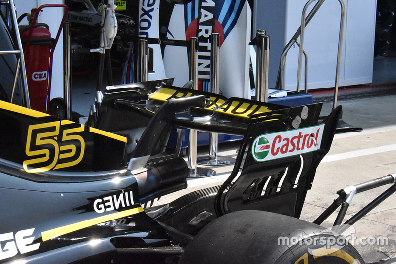 Renault F1 rear wing detail at Monza