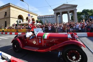 Kimi Raikkonen, Ferrari dans une vieille voiture