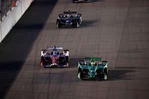 Spencer Pigot, Ed Carpenter Racing Chevrolet, Tony Kanaan, A.J. Foyt Enterprises Chevrolet