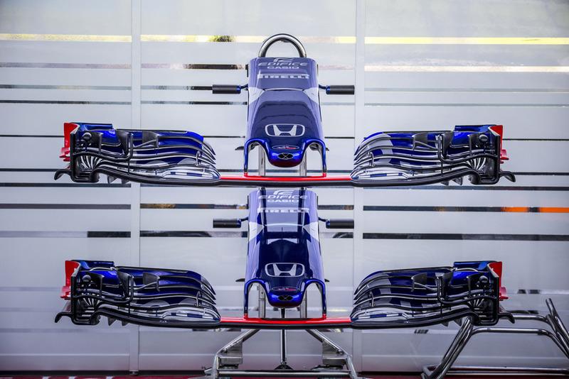Alerones delanteros y morros del Scuderia Toro Rosso STR13