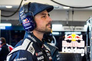Shane van Gisbergen, Triple Eight Race Engineering Holden Earl Bamber