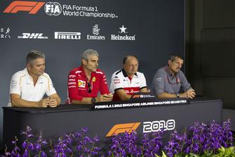 (L to R): Gil de Ferran, Sporting Director, McLaren, Maurizio Arrivabene, Team Principal, Ferrari, Frederic Vasseur, Sauber, Team Principal, and Guenther Steiner, Team Principal, Haas F1 in the Press Conference