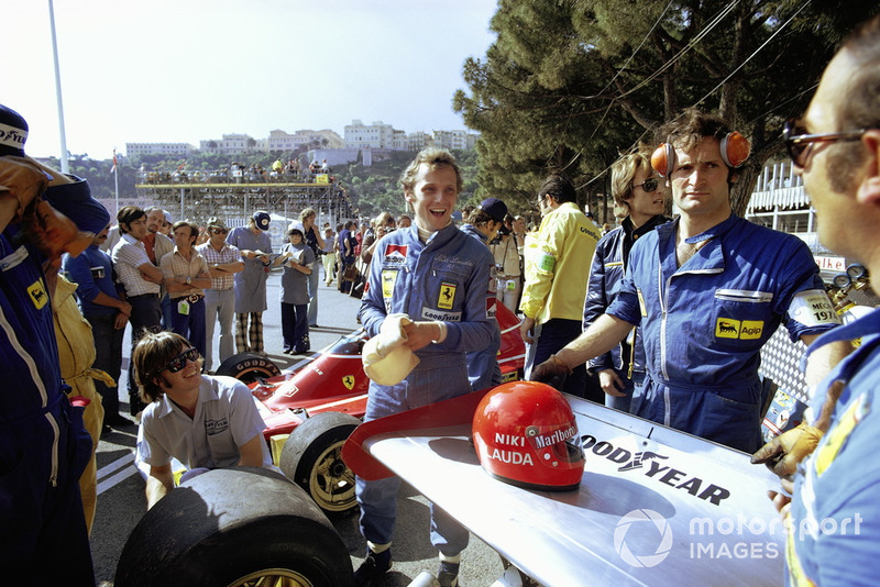 Niki Lauda (Ferrari): 25 años, 1 mes y 8 días