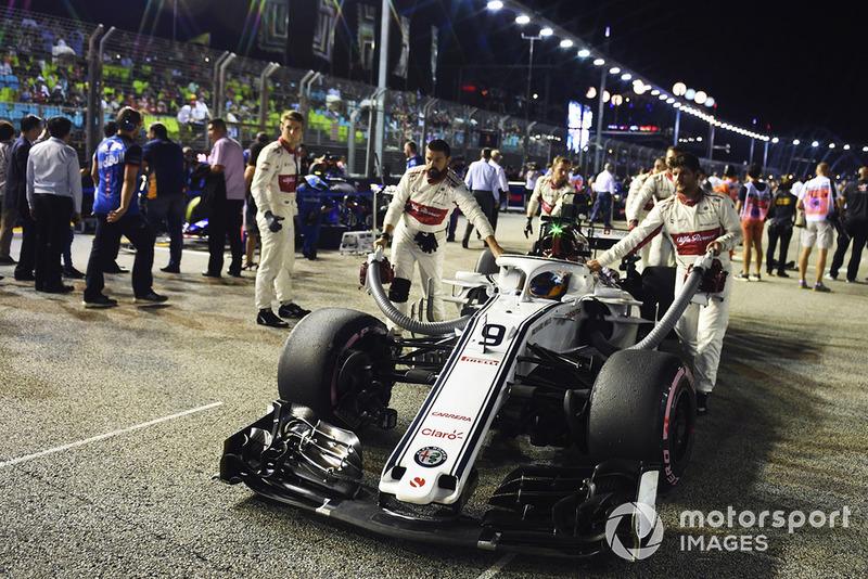 Marcus Ericsson, Sauber C37, na polach startowych