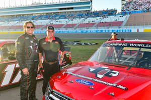 Cory Roper, Roper Racing, Ford F-150 Preferred Industrial Contractors Inc. meet and greet