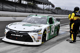 Brandon Jones, Joe Gibbs Racing, Toyota Camry Menards Mastercraft Doors