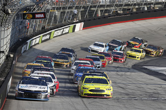 Kyle Larson, Chip Ganassi Racing, Chevrolet Camaro DC Solar, Paul Menard, Wood Brothers Racing, Ford Fusion Menards / Knauf