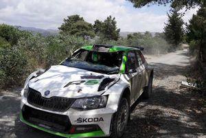 После аварии: Юусо Нордгрен и Тапио Суоминен, Škoda Fabia R5