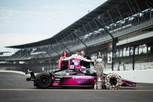 Helio Castroneves, Meyer Shank Racing Honda et des invités