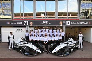 Norman Nato, Venturi Racing, Susie Wolff, Team Principal, Venturi, Edoardo Mortara, Venturi Racing, pose for a photo with the team