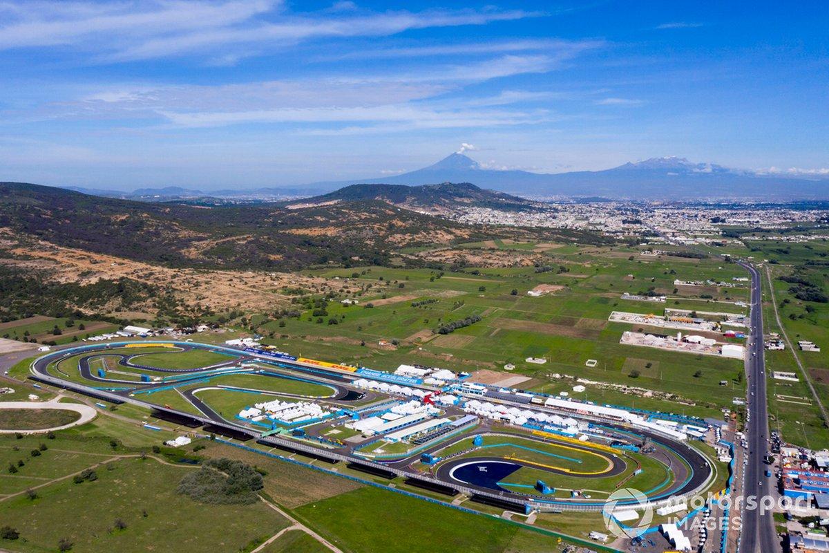 Vista aérea del Autódromo Miguel E. Abed
