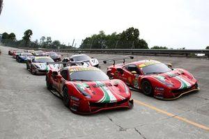 Gruppenfoto: Alle Autos von Ferrari für die 6h Monza der WEC-Saison 2021