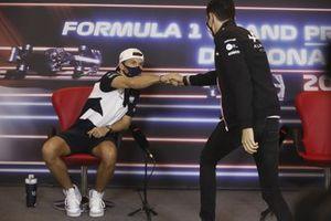 Pierre Gasly, AlphaTauri, e Esteban Ocon, Alpine F1, in conferenza stampa
