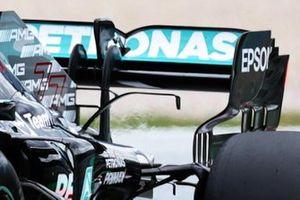 Valtteri Bottas, Mercedes W12 rear wing detail