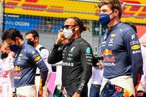Sergio Perez, Red Bull Racing, Lewis Hamilton, Mercedes, en Max Verstappen, Red Bull Racing