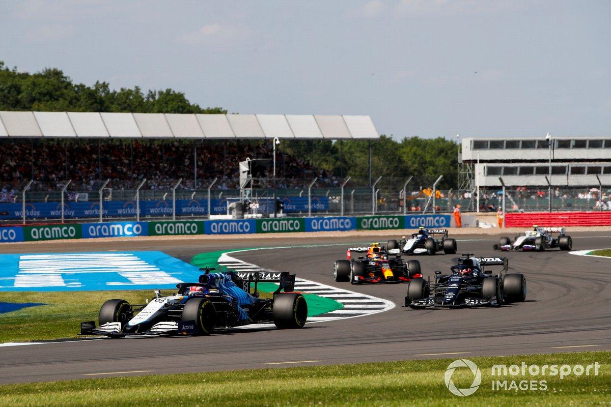 George Russell, Williams FW43B, Yuki Tsunoda, AlphaTauri AT02 e Sergio Perez, Red Bull Racing RB16B
