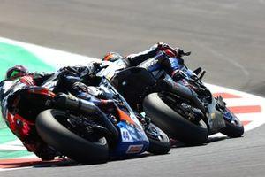 Michael van der Mark, BMW Motorrad WorldSBK Team, Lucas Mahias, Kawasaki Puccetti Racing
