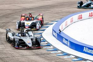Sébastien Buemi, Nissan e.Dams, Nissan IMO1, Lucas Di Grassi, Audi Sport ABT Schaeffler, Audi e-tron FE05