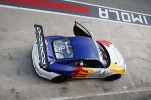 Diego Bertonelli, Dinamic Motorsport, in pit lane