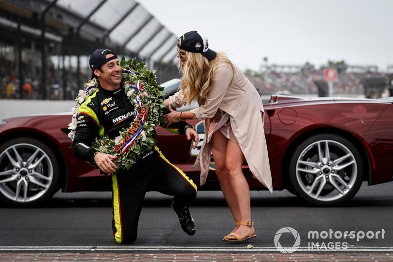 Simon Pagenaud, Team Penske Chevrolet, Victory Lane, Corvette Pace Car, fiancee Haley