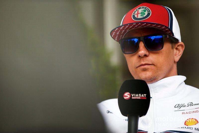 """Az utóbbi időszakban nem sikerült pontot szerezned. Aggódsz emiatt? Räikkönen: """"Nem, nem szoktam aggódni."""""""