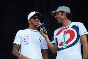 Lewis Hamilton, Mercedes AMG F1 sur scène dans la fanzone