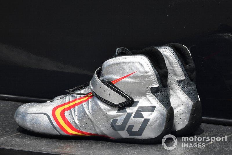 Les chaussures de Carlos Sainz Jr., McLaren