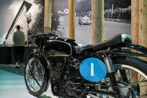 La necesidad de velocidad: la fiebre de las carreras del Gran Premio de Suiza de 1934-54 en Berna