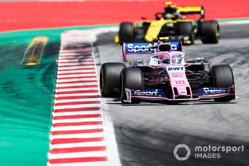 Lance Stroll, Racing Point RP19,precede Nico Hulkenberg, Renault R.S. 19