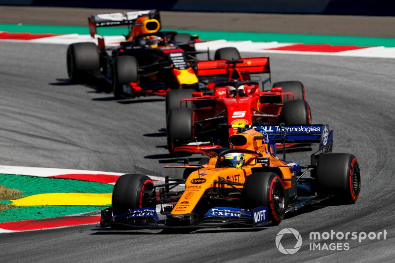 Ландо Норрис, McLaren MCL34, Себастьян Феттель, Ferrari SF90, и Макс Ферстаппен, Red Bull Racing RB15