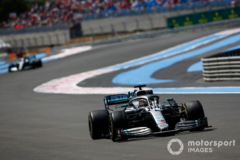 Hamilton y Mercedes celebran otra victoria