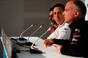 James Barclay, director del equipo Panasonic Jaguar Racing, en la conferencia de prensa