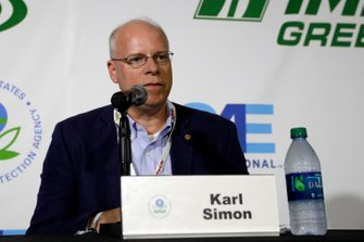 Conferenza stampa IMSA Green. Karl Simon. Direttore, TCD alla US EPA. Direttore, Divisione Trasporti e Clima alla US EPA.