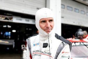 #31 Frikadelli Racing Team Porsche 911 GT3 R: Romain Dumas